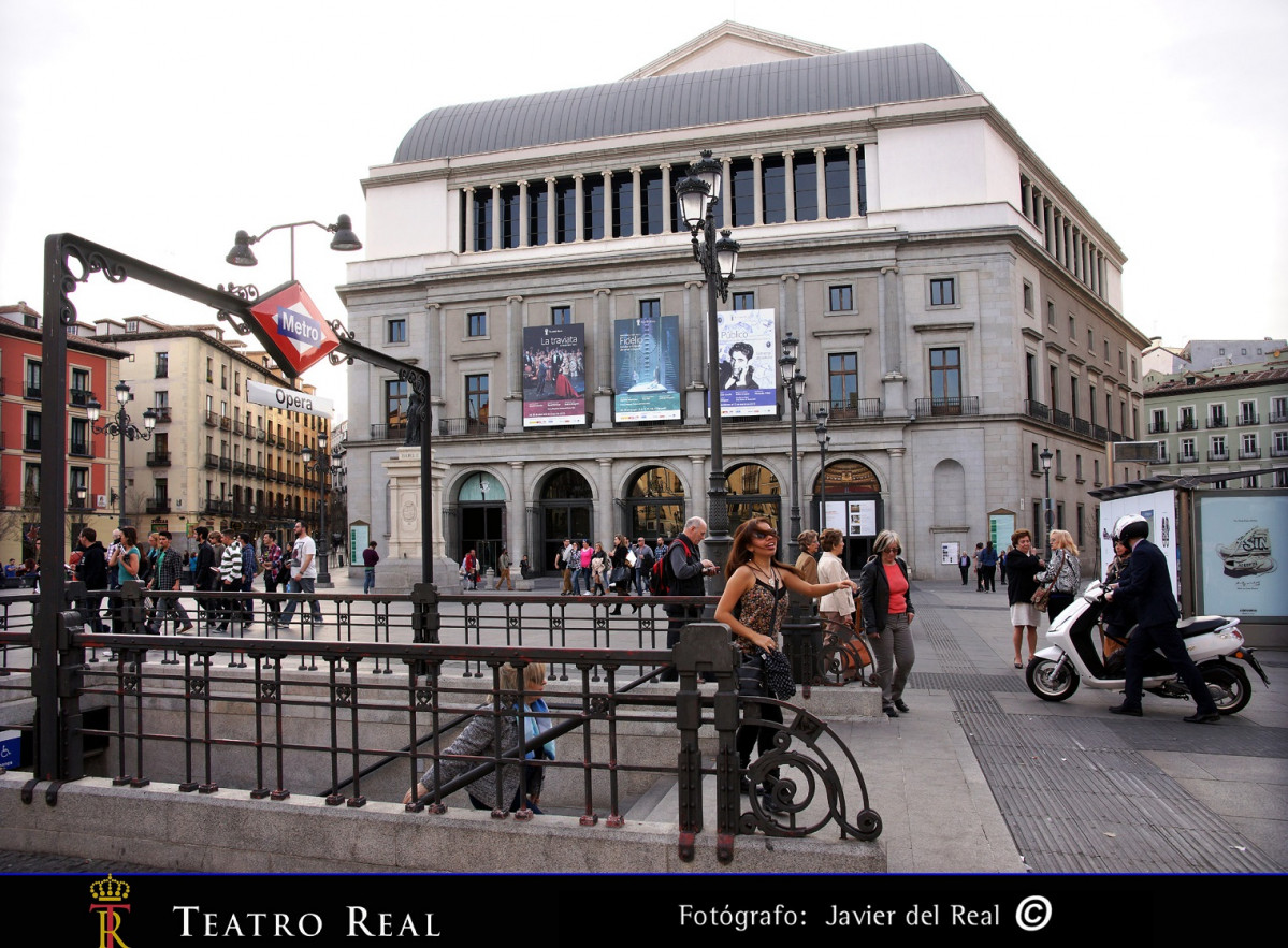 Teatro Real back 367 1521