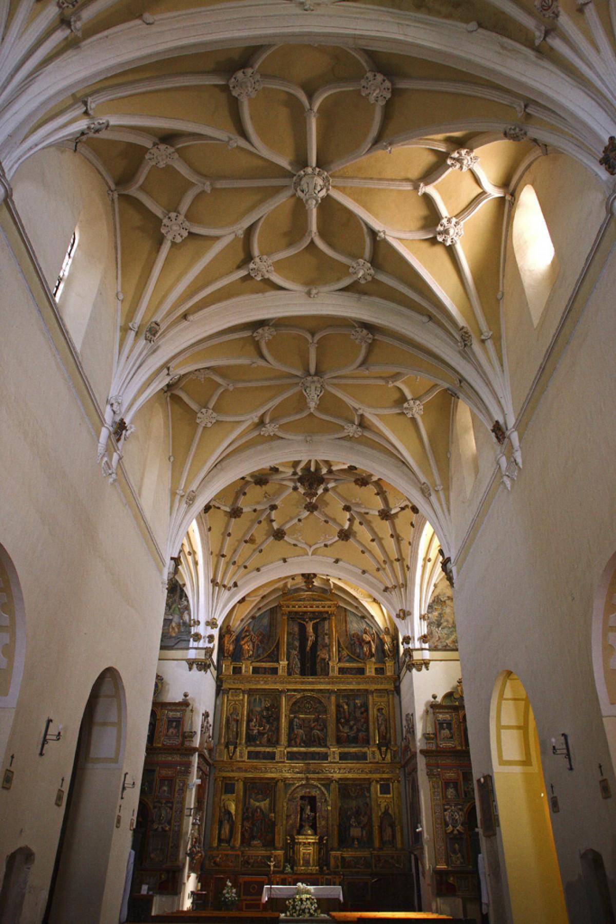 18 Iglesia de Santiago el Real