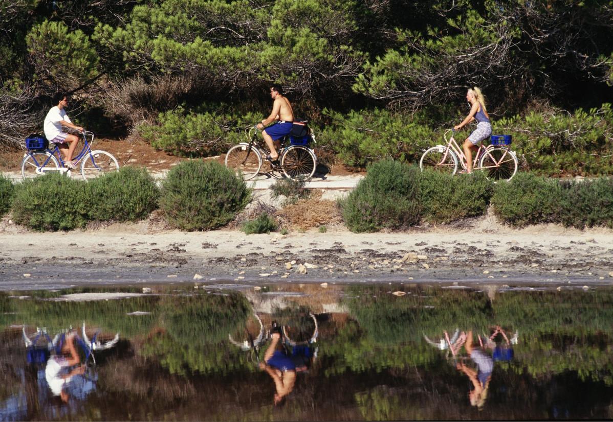 Bicicletes a Ses Salines Formentera 1537