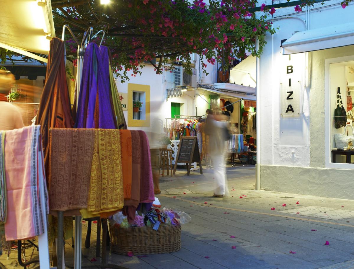 Calles puerto Ibiza 1   MB