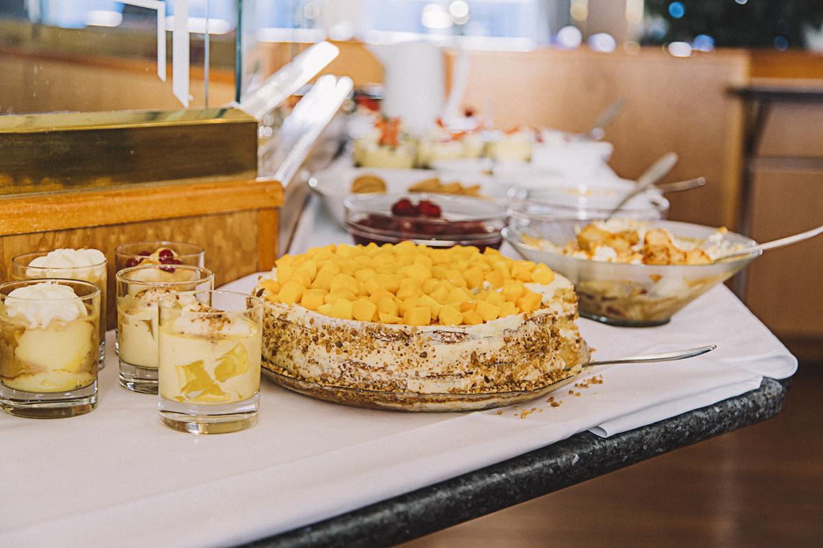 Norwegian Costal Kitchen Dessert HGR 44925