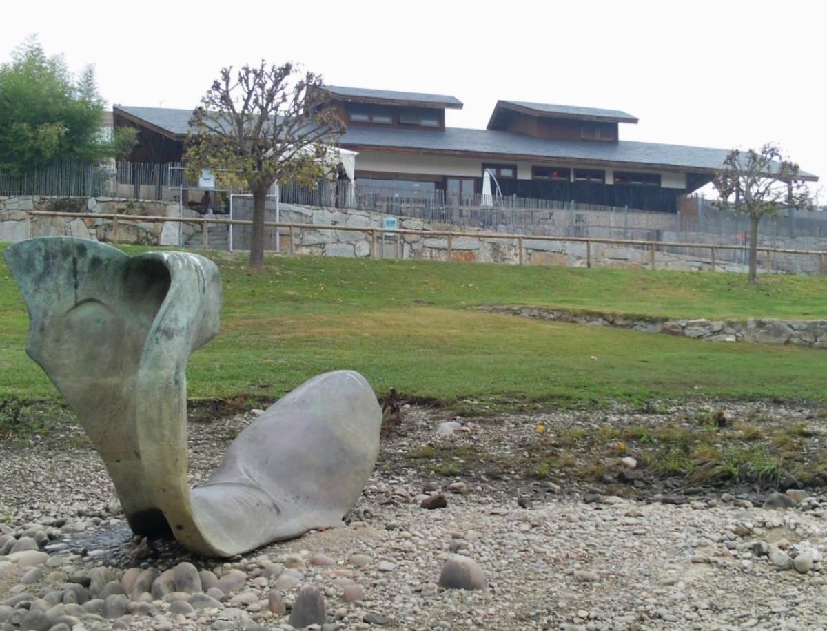 Ourense La sirena de Ascilco Manzano en el Paseo de las ninfas (2)