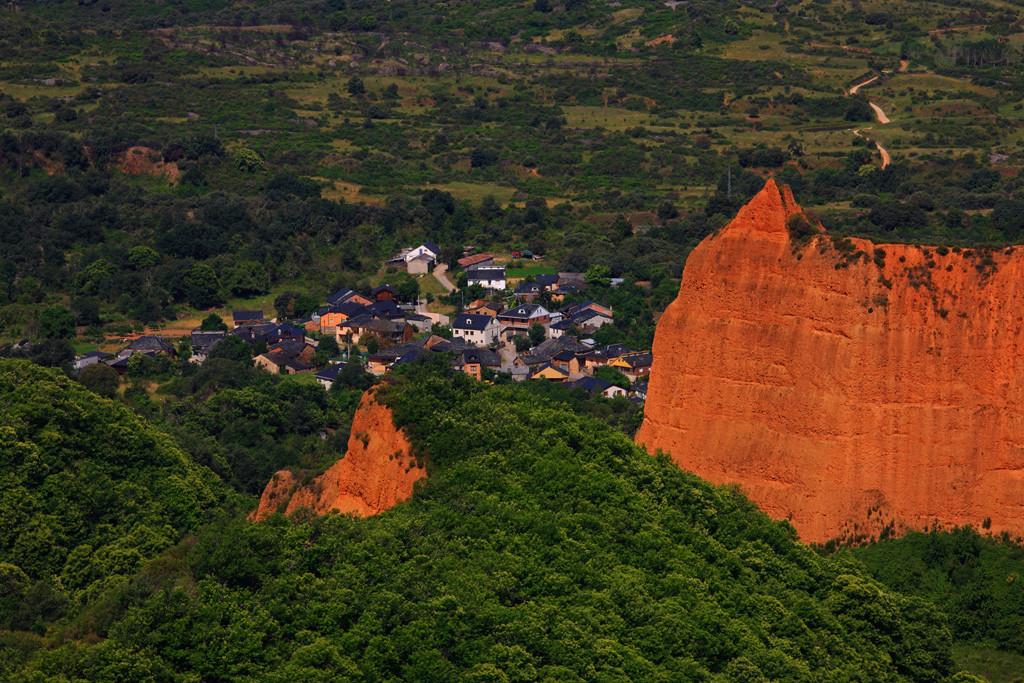 07 Mina de Oro de Las Medulas y pueblo de Las Medulas