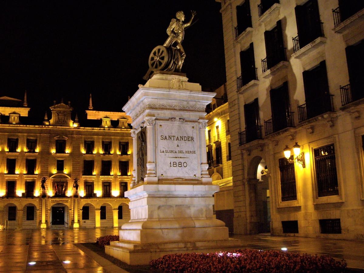 Santander Plaza porticada mia MG 0599 1525