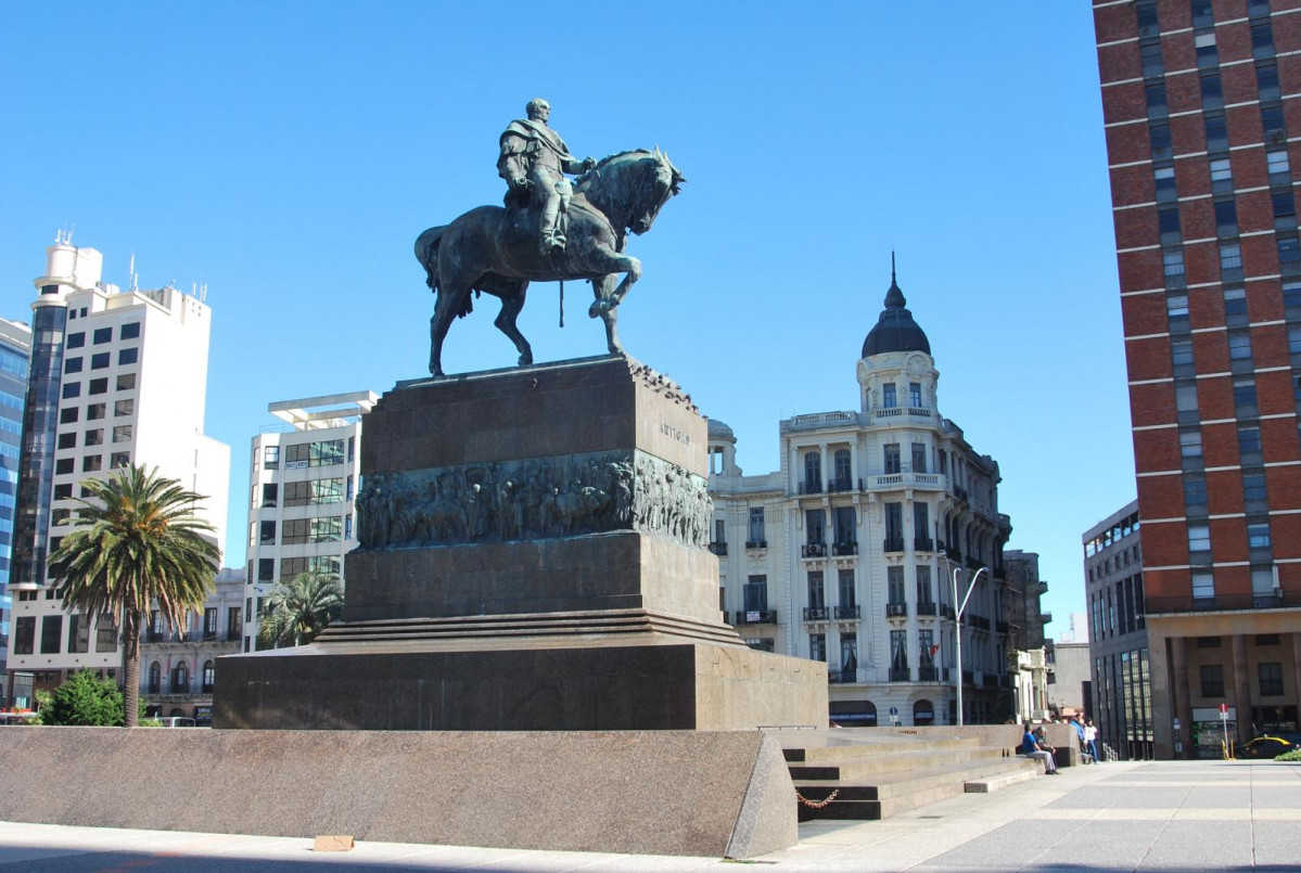 Monumento al General Artigas, Plaza Independencia, Uruguay.