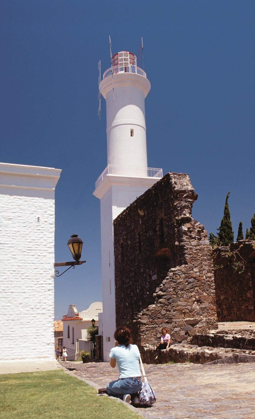 Uruguay Ruinas Faro Colonia Aguaclara 1600