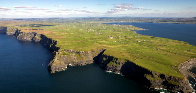 IrLANDA Cliffs of Moher 10