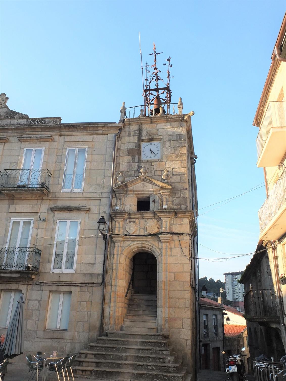 Ribadavia Casa Reloj 1510