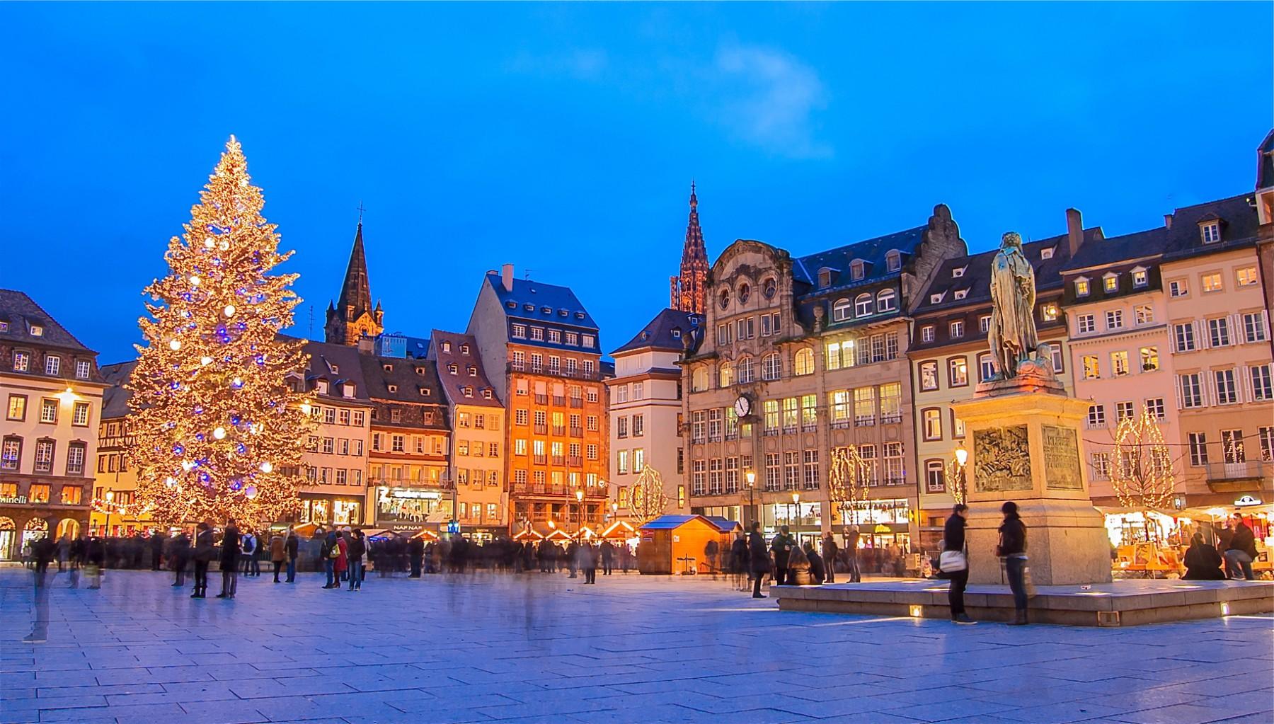Estrasburgo La Deslumbrante Capital Europea De La Navidad Celebra La 446 Edición Del Mercado Navideño