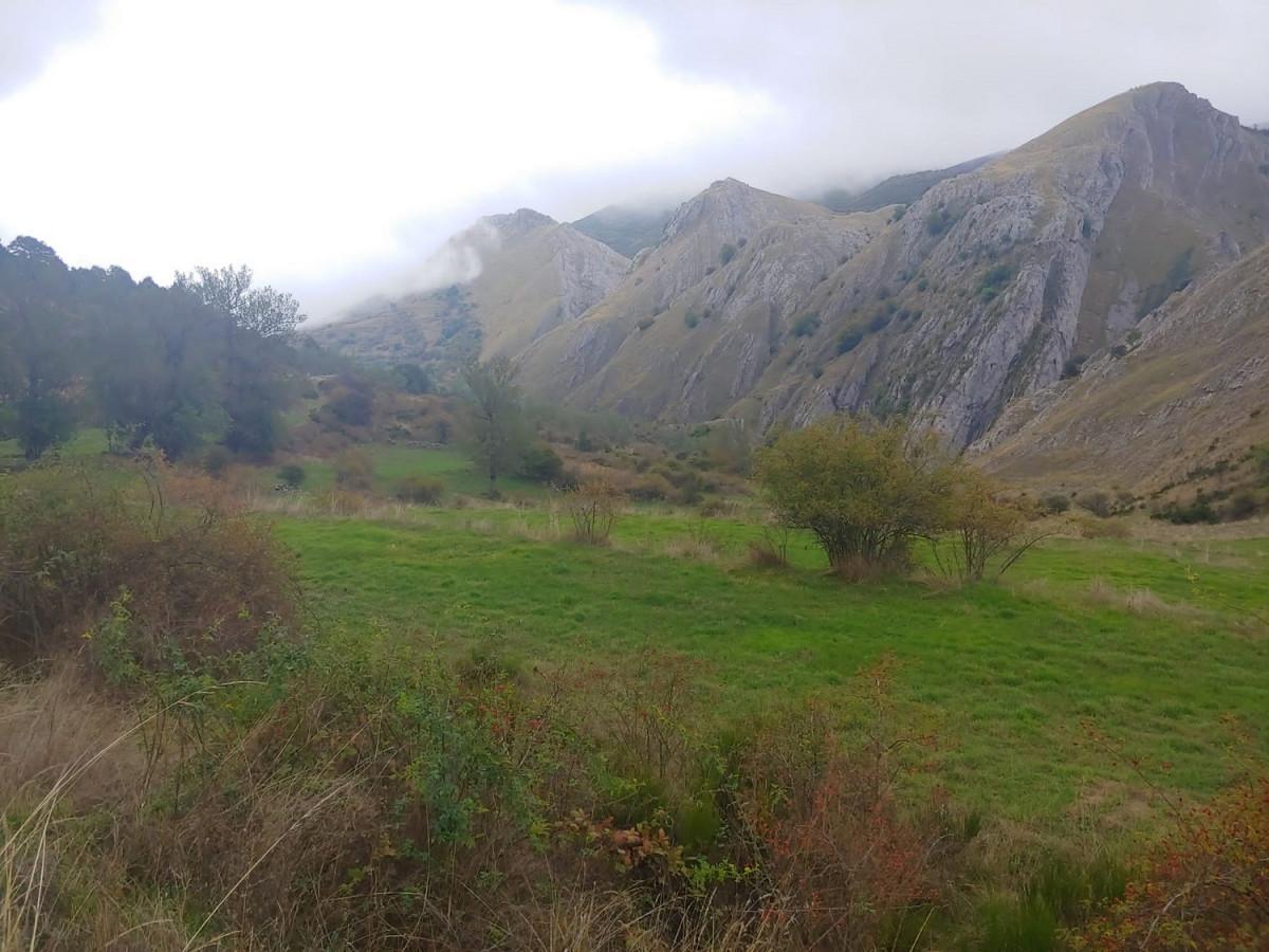 Paisaje de Vegacervera en los cuatro valles leoneses (2)
